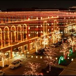 City of Frisco + @friscosquare present the biggest light show in NTX at Xmas in the Square: https://t.co/03HP16f9Sb https://t.co/i2oxgboGqk