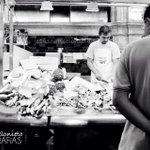 """Despedimos el día con esta foto de @inkilinodlmundo. """"Ya está el pescao vendido hoy"""". Buenas noches #Jerez. https://t.co/tOkw05USUA"""