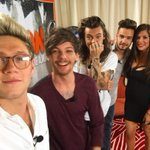 Los chicos con la periodista Gwen Garcia esta tarde en Mexico - 25/11 #1DMX #MTVStars One Direction https://t.co/yKAcAjYYlH