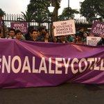 No a la #LeyCotillo exigen los universitarios. https://t.co/qitvyXFq1e