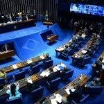 Senado mantém prisão de Delcídio do Amaral. https://t.co/2Zjprhy6r9 https://t.co/7Yu5S2aZ3U