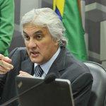 URGENTE: Senado acaba de decidir que mantém preso o senador Delcídio do Amaral (PT-MS) https://t.co/yZUttpj11v