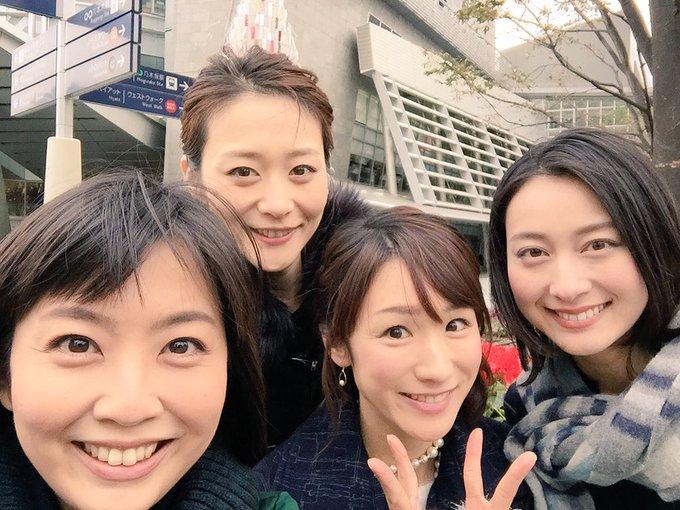 テレ朝の女子アナたちと映る森葉子