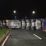 Long delays after lorry carrying 22 TONNES of ketchup crashes on East Lancs Road in Astley https://t.co/eVwATLNzAs https://t.co/s3oGSgLQzI