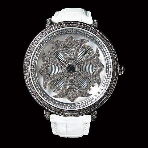 test ツイッターメディア - BRILLAMICO(ブリラミコ)の腕時計。 高品質「スワロフスキー」をふんだんに使用した時計で、ヤクルトの山田哲人選手、ガンバの丹波大輝選手、荒木さやかなど多くの人が愛用  https://t.co/B3gCR7hTO9  https://t.co/SMmKq5TaU4