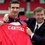 On this day in 1992 Eric Cantona signed for Manchester United for £1.2m from Leeds United. The rest is history. https://t.co/tUiBR5qCUF