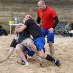 Love RT #ThrowBackThursday #KravMaga Beach Seminar back in July! Fighting skills and weapon defences #Newcastle #tbt https://t.co/ceT0nbsa8N
