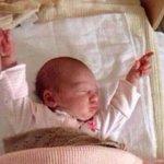 Looks like this baby is dreaming of Afridi #PAKvENG #PakVsEng #EngvPak #EngvsPak ???????????? https://t.co/VvwsQsQ8Ii