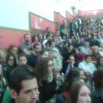 Así está el Aula Magna de la Facultad de Económicas de UGR para escuchar a @agarzon @MailloAntonio #UnidadPopular20D https://t.co/VNxzOudiUJ