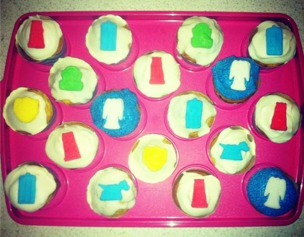 .@bbcdoctorwho do cupcakes count? #NationalCakeDay https://t.co/2yoVtGkZyZ
