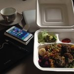 Working lunch courtesy of @ChefMartinBurke #healthy #nutritious #brainfood #hitchin https://t.co/WZPHfHrBig