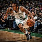 Join us in wishing Avery Bradley of the @Celtics a HAPPY 25th BIRTHDAY! https://t.co/ZNEHuDjTyi