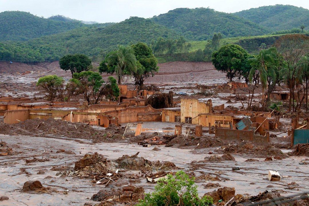 ONU diz ser 'inaceitável' resposta do Brasil ao desastre em Mariana https://t.co/jVwmqdsxQd https://t.co/cEuvDwEeMg
