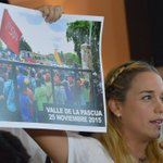 "Con ""pruebas"" Lilian le responde a Maduro y a Diosdado https://t.co/q4WSkQGDZ3 https://t.co/0SEkQMaymb"