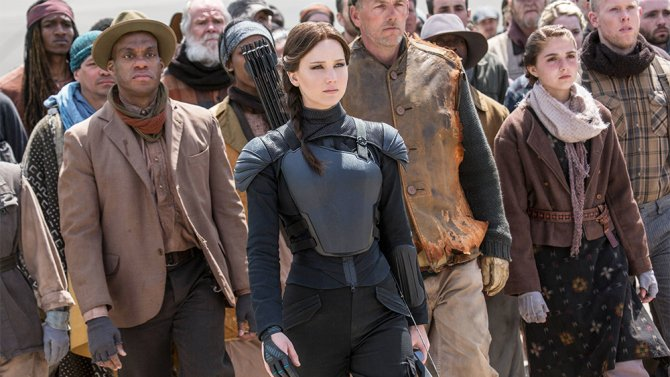 Mockingjay still rules despite competition from Creed & TheGoodDinosaur this Thanksgiving