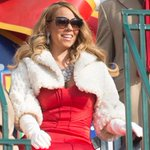 .@MariahCarey kicks off Christmas & more cant-miss music moments from the #MacysParade https://t.co/XBO2P7EcvA https://t.co/rWqc35grLq