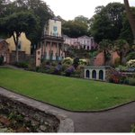 In #NorthWales this autumn? How about visiting #Portmeirion? @nwalestweetsuk https://t.co/E83z2cdq7c https://t.co/cmDYyE1cqT