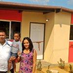 La familia Díaz comparte la alegría de recibir su vivienda en la Pquia. Antonio B. Romero. #RumboALaVivienda1Millón https://t.co/2np8YwWho4