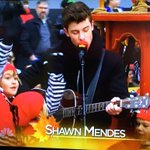 RT if ur crying because you heard them announce Shawn ???? #MacysParade https://t.co/RkLhTcArig