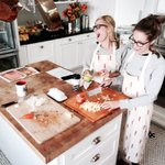 Matching aprons. Years old stuffing recipe. Festive flowers. @EmilyBehrs #happythaksgiving https://t.co/Mgb85gPKrK
