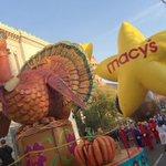 Gobble, gobble! #MacysParade https://t.co/XN9LLRiVnN