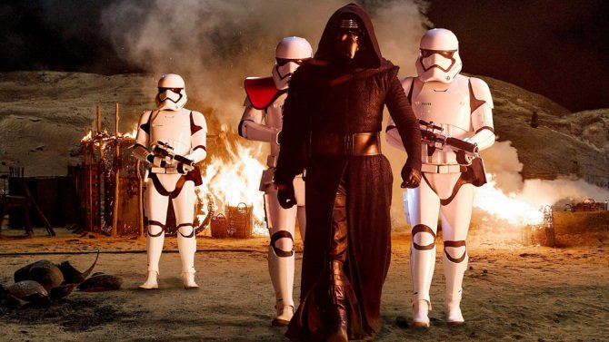 Have a StarWars Thanksgiving treat - new footage featuring Adam Driver's Kylo Ren!