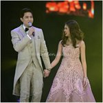 you may hold my hand for a while, but you hold my heart FOREVER...  #ALDUBDontGiveUpOnUs @aldenrichards02 @mainedcm https://t.co/2pRqwcZbLR