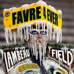 The Frozen Tundra is ready to welcome a legend back to Lambeau. (????AP/Mike Roemer) https://t.co/F21plpNIXE