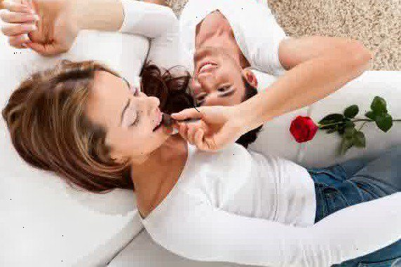 Tahukah Anda, Ternyata Panggilan SAYANG Kepada Wanita Bisa Meningkatkan Hormon Bahagia - AnekaNews.net