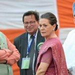 LIVE: PM Narendra Modi invites Sonia Gandhi, Manmohan Singh over tea to break GST deadlock https://t.co/H6j6ikviym https://t.co/FgrVKS4OOJ