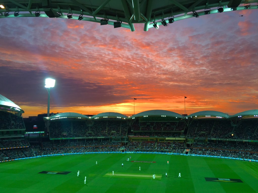 Nature turns on a sweet sunset for the #history making night session of the #AUSvNZ Test at @TheAdelaideOval https://t.co/Zf7c2vx18e