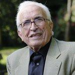 AVANCE | Muere a los 87 años el escritor Xosé Neira Vilas https://t.co/FlJ9BFR36a