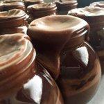 Follow us & RT for a chance to win a Christmas Cake Fudge Jar. 🎄 #FreebieFriday https://t.co/DdJ9vW1Fgu https://t.co/hNhIvTfZEI