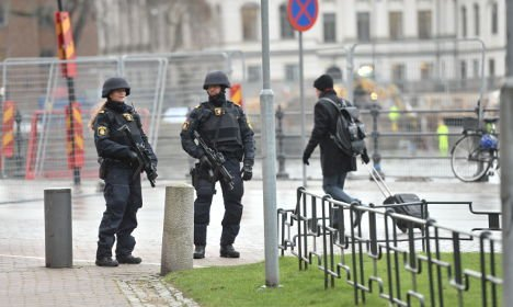 #Swedish police warn: we can't protect #Sweden or ourselves in the event of a #terror attack https://t.co/Hm320jfEHG https://t.co/hFzVVqLqLp
