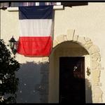 La France pavoise aussi sur les réseaux sociaux https://t.co/8nXbpZLumT #hommagenational #FiersdelaFrance #drapeaux https://t.co/osTRaAel8H