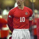 Four years ago today Gary Speed sadly passed away. Gone but never forgotten. https://t.co/URhHqwMW5N