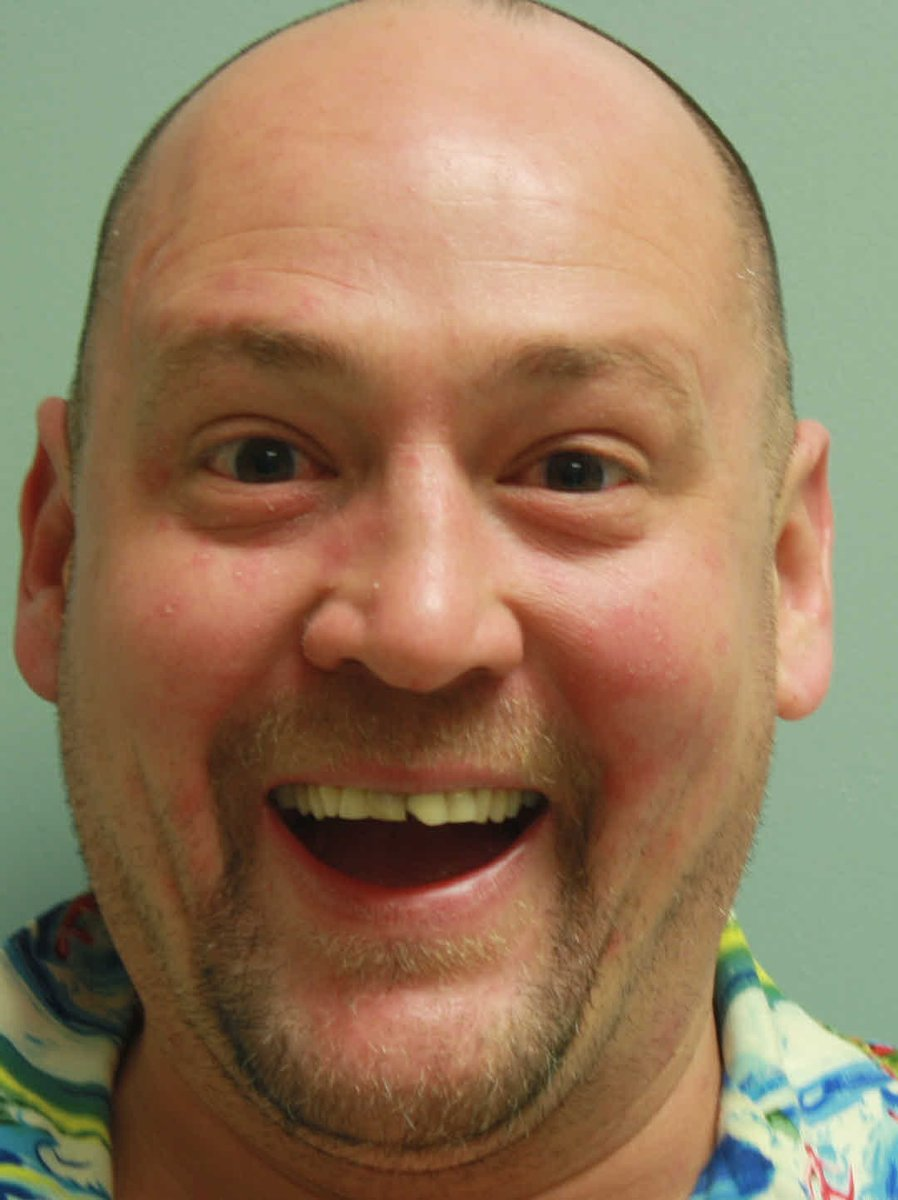 Pic: Man arrested on magic mushroom charges has happiest mug shot ever https://t.co/6uB7NoH95O https://t.co/FGykbsxcDI