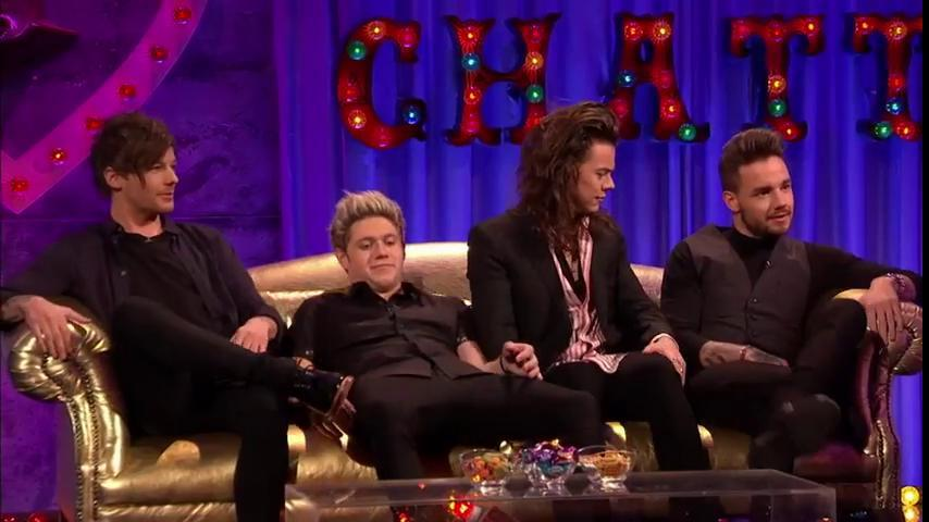 The @onedirection boys giving Alan Carr the low down... #ChattyMan https://t.co/vqRZXYFufi