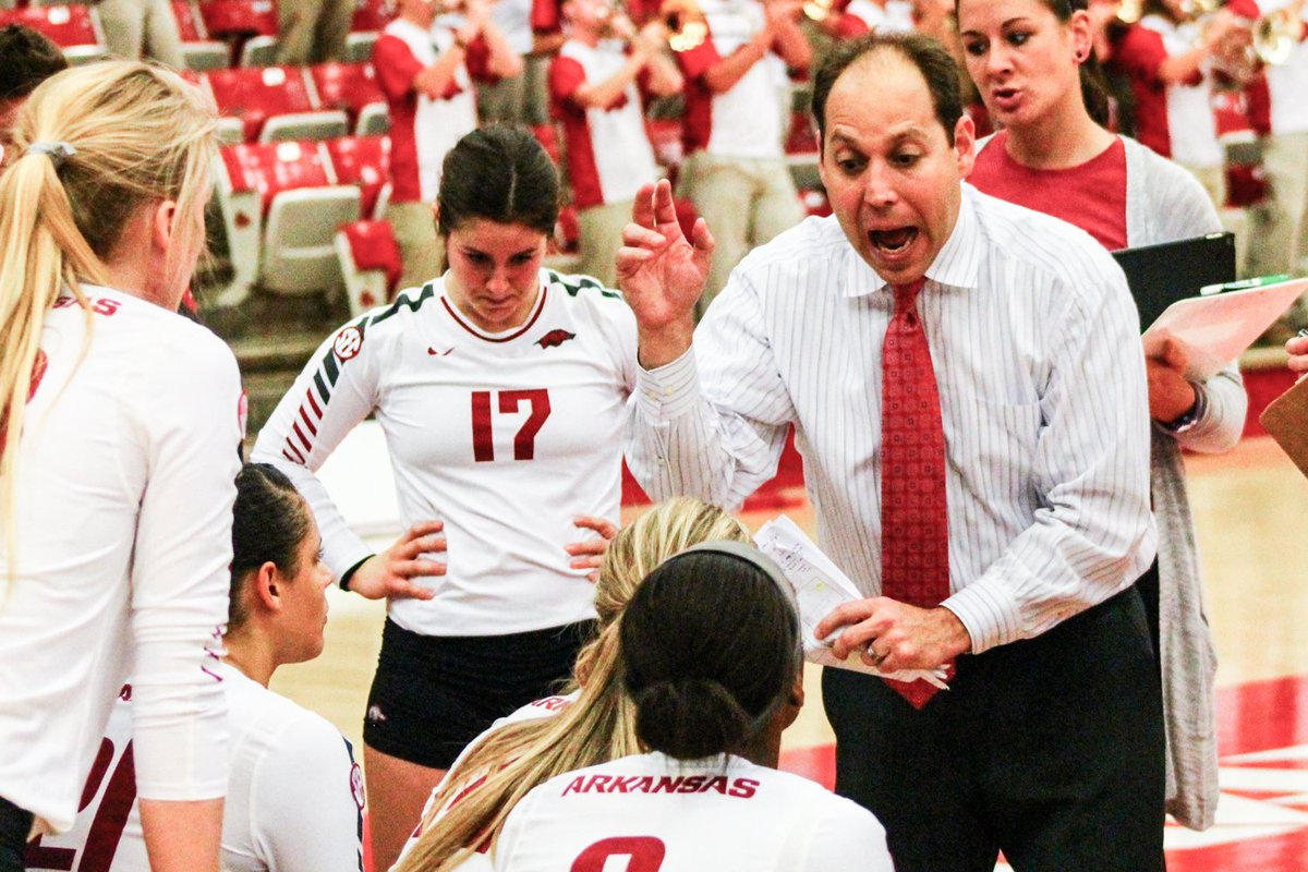UPDATE: Razorback volleyball players confirm coach's abuses detailed in anonymous letter  https://t.co/UDyYUdbRP5 https://t.co/UBFvkYhmZb