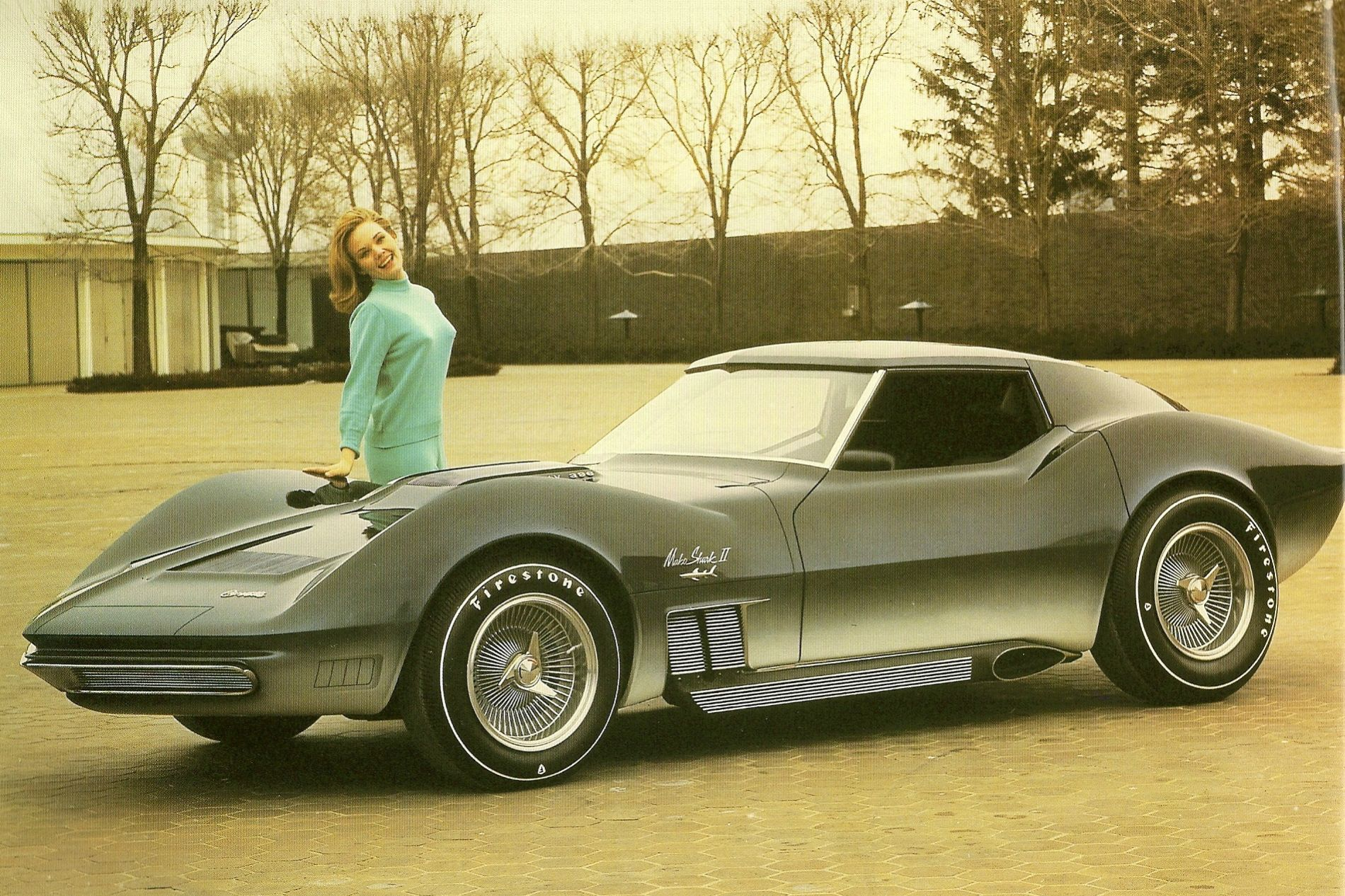 A Corvette Mako Shark II, 1965. https://t.co/GsB2unAix5