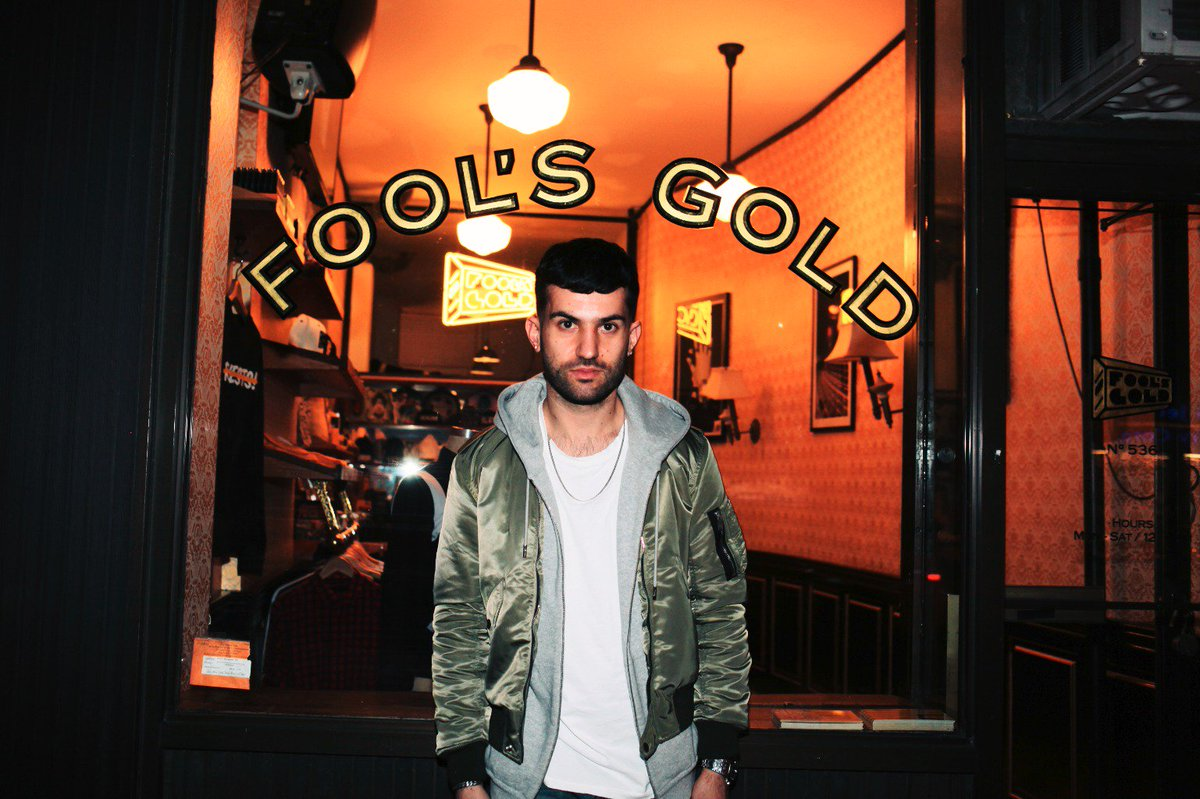 """""""That DIY approach of creating and releasing your own music is in my DNA""""–A talk with A-Trak https://t.co/ktQFMVoZ5A https://t.co/UQ3ZlYZgBM"""