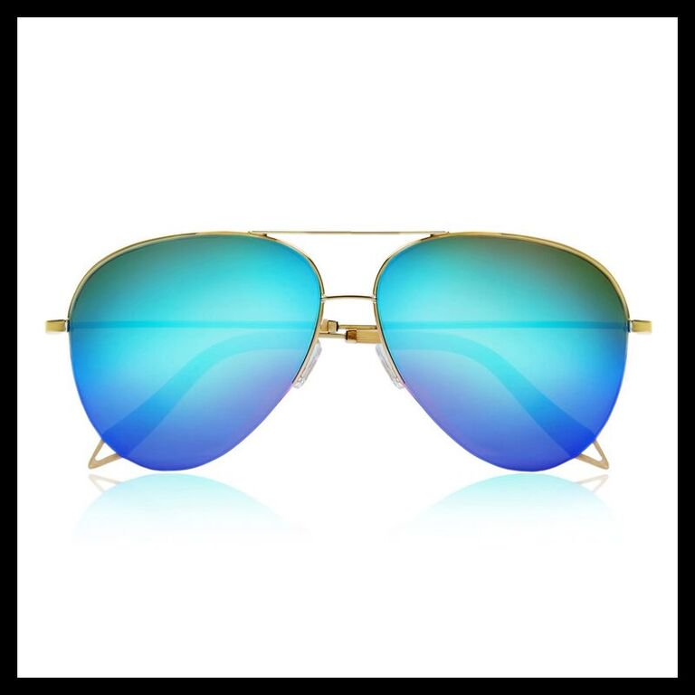 A girl's gotta have options & I can't get enough sunglasses LOL! My app has my fav styles https://t.co/NTAkBw9Yhk https://t.co/C68SQsa3dW