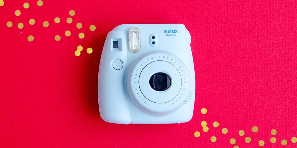 For a chance to win a Fuji Instax Mini 8 camera, RT this tweet by 9pm EST. #IndigoGiveaway (2/3) https://t.co/Jc1V40jVle