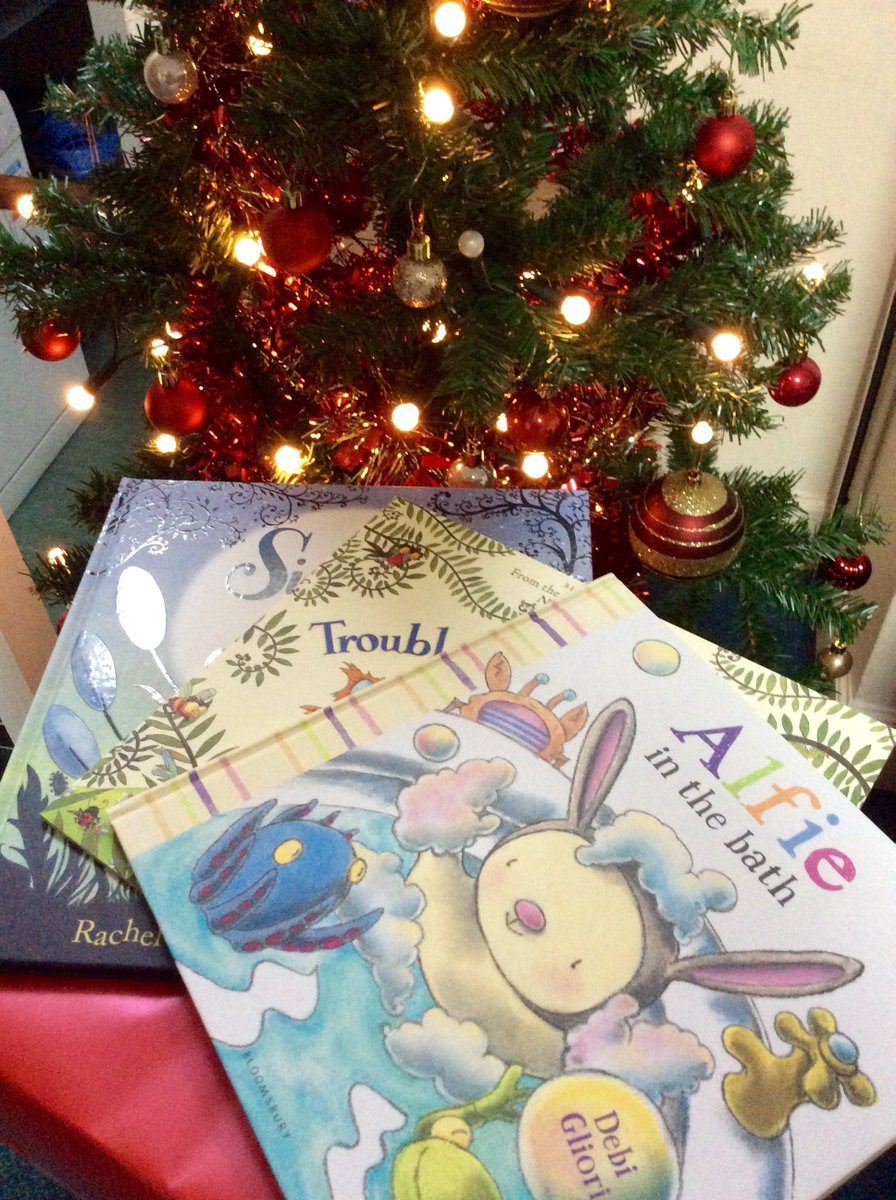 It's Day11 of our 12 Books of Christmas comp! Flw & RT before 5pm to win 3 beautiful Debi Gliori picture books. https://t.co/BuPJLWUPOI