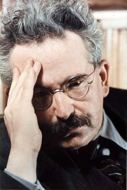 Grab all of Walter Benjamin's writings in German and in English [PDFs]: https://t.co/tDMEgXKrUF https://t.co/gDm2dXs0YK