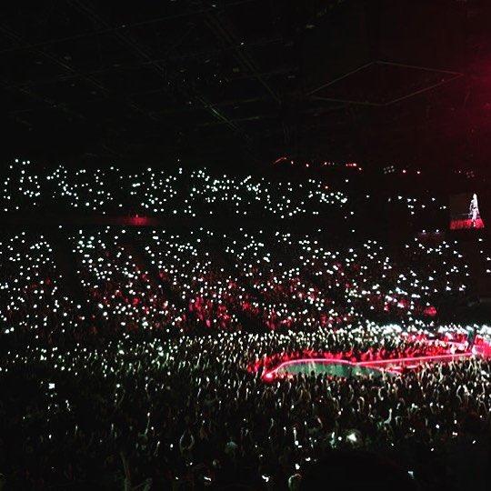 Paris was lit last night???????????? . Turning darkness into light. ❤️ #rebelhearttour https://t.co/YZDUOfi92J