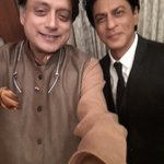 RT @ShashiTharoor: Selfie with @iamsrk at @IIM_Bangalore 's global leadership summit which he inaugurated with a witty and wise speech http…