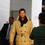 Tom Brady is in the building. #NEvsDEN https://t.co/LzprCZTCX1