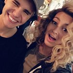 The #HALOawards air tonight at 7PM on @NickelodeonTV! @ToriKelly performs & @justinbieber accepts a special award. https://t.co/xpi3sb6VIz