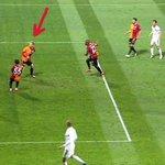 """Maç 3-0 iken """"Top Benden çıktı korner"""" diyen Semih Kaya, neden bu defa """"Hocam gol"""" diyemedi? Hakem seyesinda 1 puan! https://t.co/HvMqU6XlPj"""